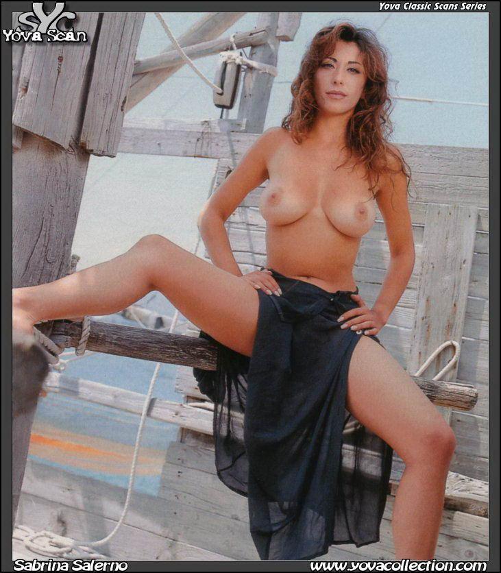 Sabrina Salerno galerías grieta