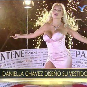 Daniella Chavez fotos pezón