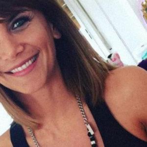 Amalia Granata desnuda y fanática de las selfies