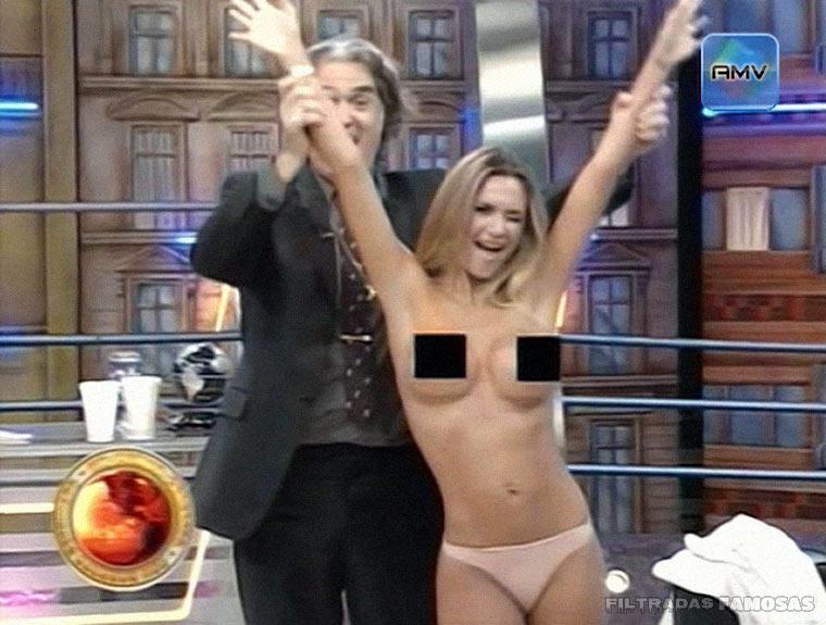 Amalia Granata desnuda