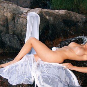 Belen Roca desnuda follando