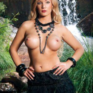Belen Roca topless