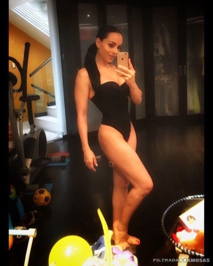 Ivonne Montero desnuda coño