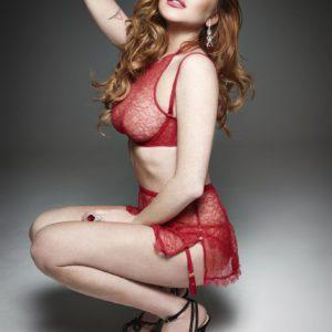 Lindsay Lohan tetona