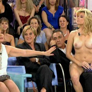 Maria Lapiedra sexo en público