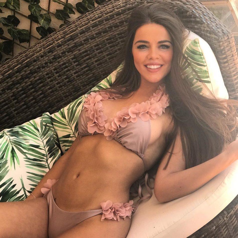 Violeta Mangriñán sexy foto